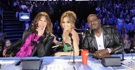American-idol-judges-dish-445-0